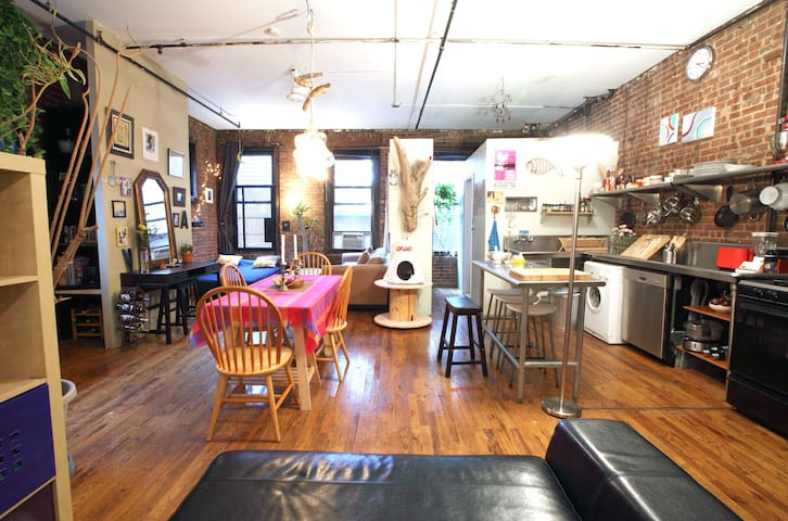 Amazing Williamsburg entire Loft. Floor 2B