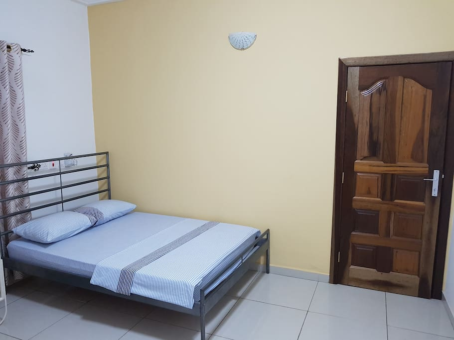 Private bedroom 2