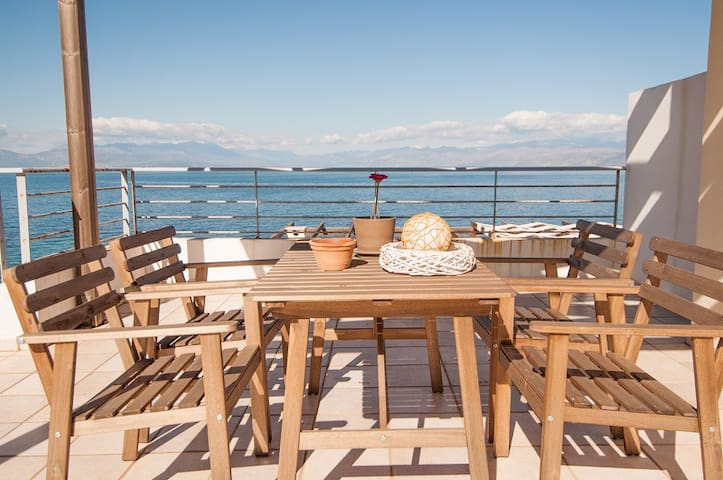 Erato apartments by the sea 2.3.21 - Ligia - Wohnung