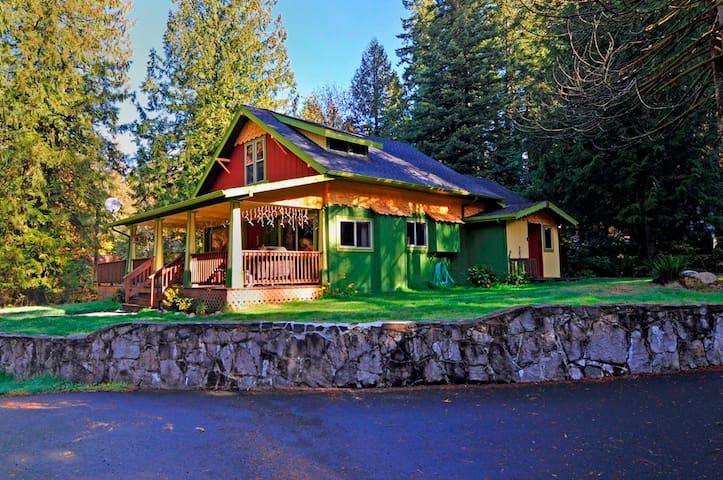 Brakenfern Lodge, 3 bed, 2 bath, hot tub