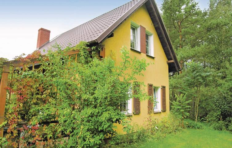 Holiday cottage with 2 bedrooms on 80 m² in Lipnica