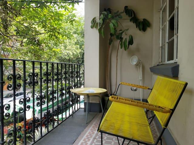 Nice, private terrace. ( Playa room Condesa Haus)