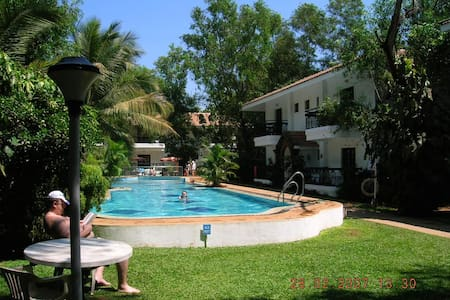 Vila Goesa Beach Resort - Calangute - Bed & Breakfast