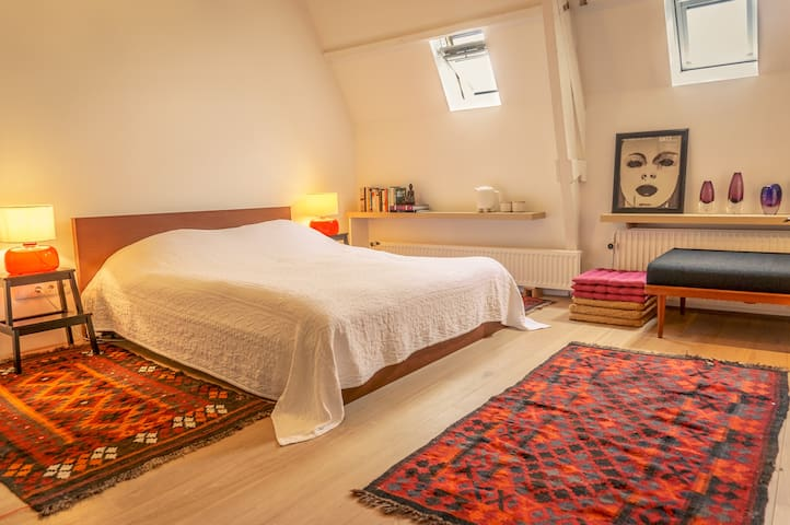Swedish large oriental double room