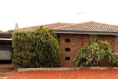 overnight or temp accom near airport - Forrestfield