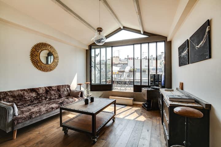 Luxe Duplex with Terrace near Palais-Royal