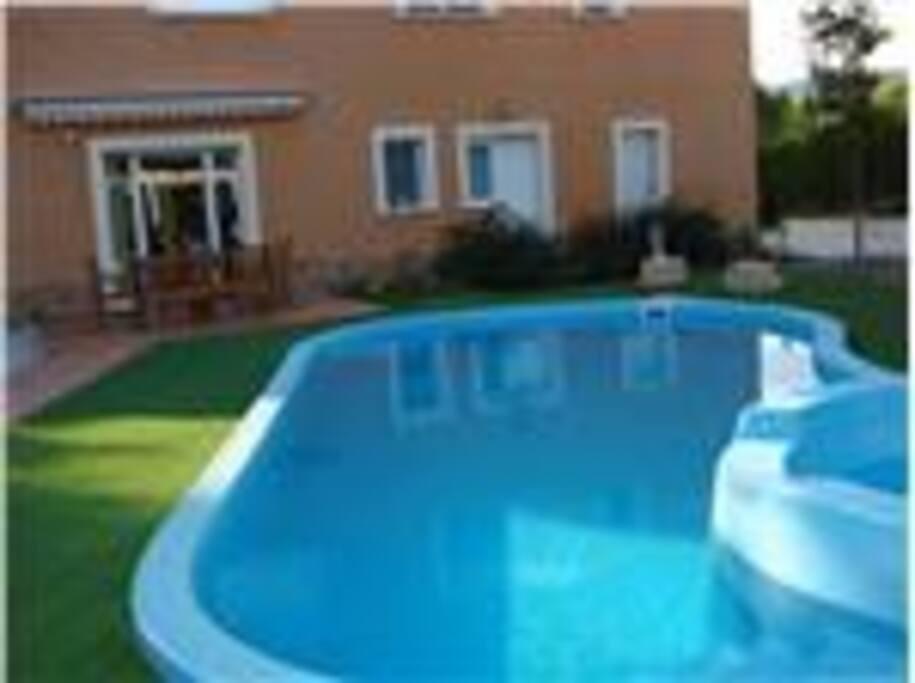 Chalet en alcoy con piscina y barbacoa chalets louer - Chalet con piscina ...