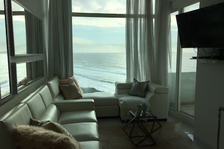 Ocean-front luxury and bliss - Tijuana - Leilighet