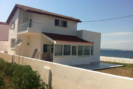 Country/Seashore home -ISTANBUL- 4h - Adatepe Köyü - House