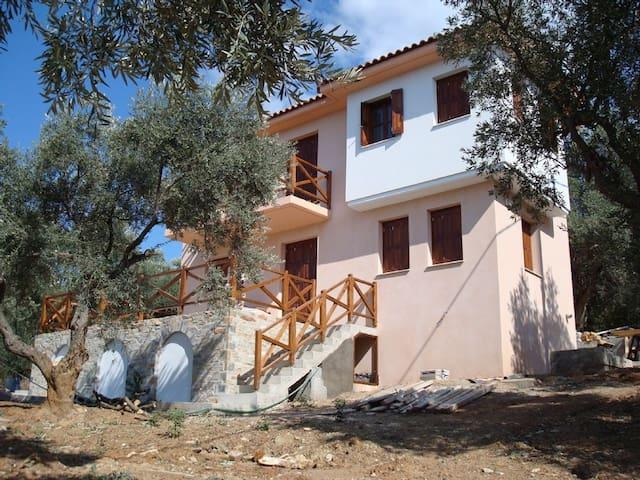 Villa Moss - Kalamos - Hus