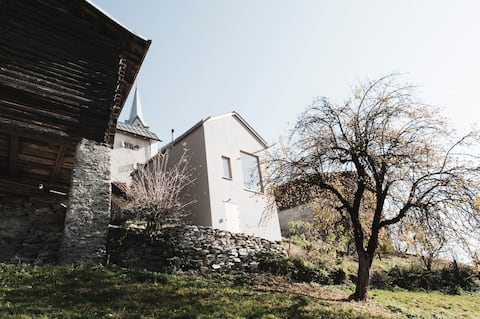 Hus med hage/seter/fantastisk utsikt