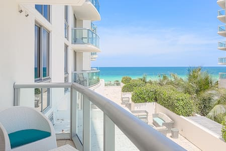 Awesome Ocean Front 1 Bedroom-OMG!