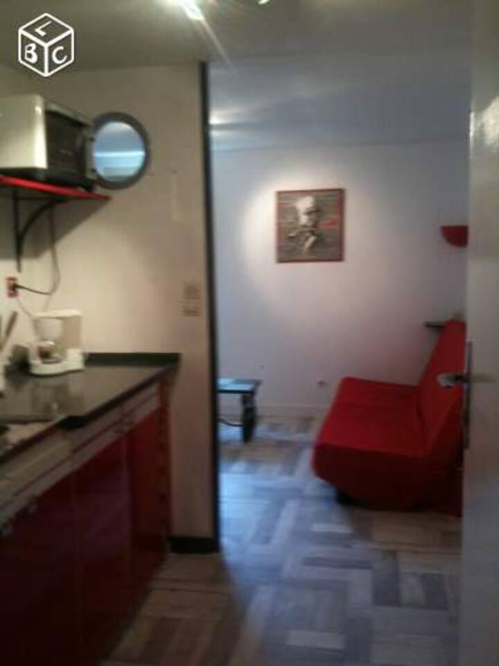 Studio plain pied 25 m2 meublé