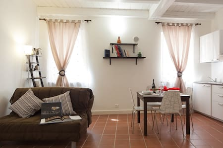 Maison Cadrega