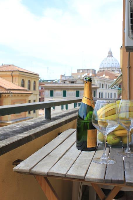 Balcone vista San Pietro 1.2