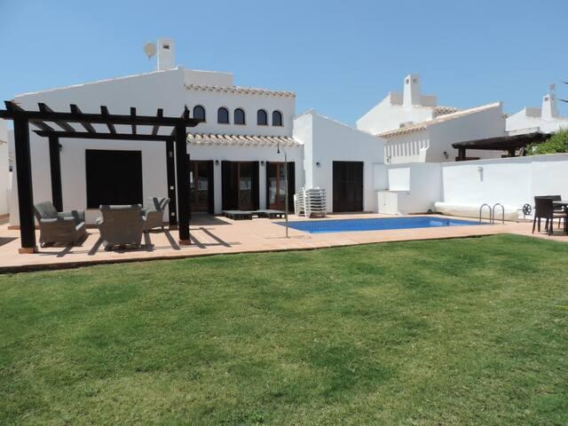El Valle Villa with private pool