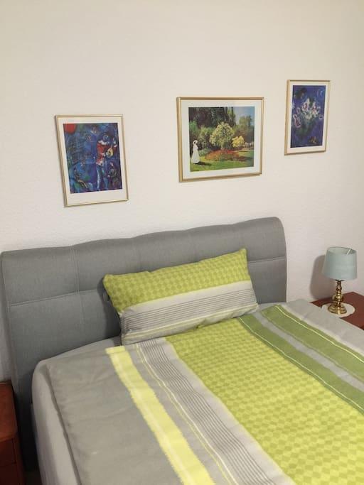 Queen Bed/ Bett 1.40m
