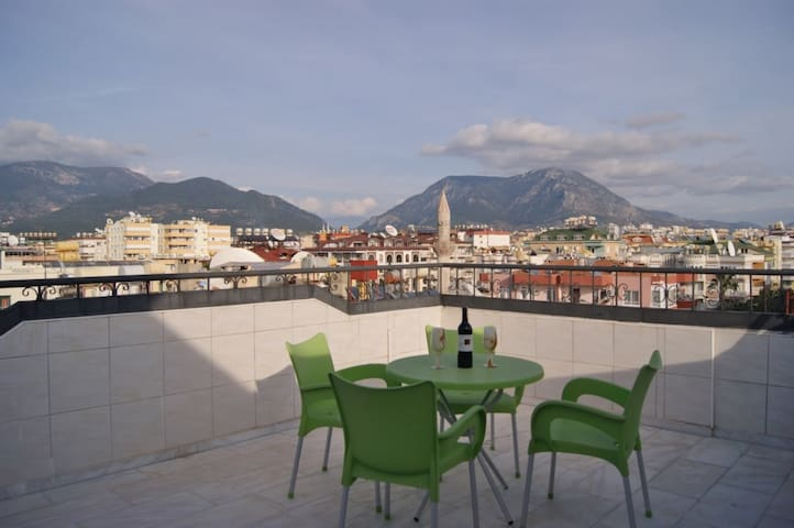 Claddagh Court Holiday apartment 15, Alanya Turkey - Alanya - Haus