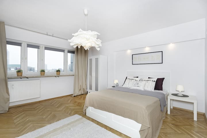 Nice apartment with beautiful view for city center - Warszawa - อพาร์ทเมนท์