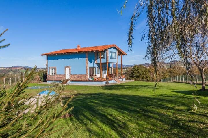 Casa Chalet completo en el centro de Asturias