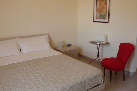 Comfortable room - heart of irpinia - Avellino - Ev