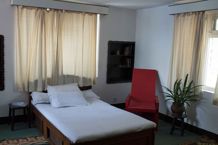 NexUs: Double bedroom with ensuite