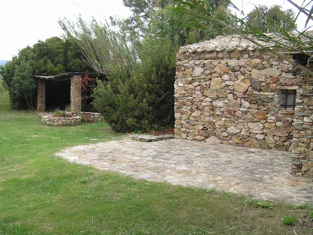 Tuerredda, house in the landscape - Teulada - Talo