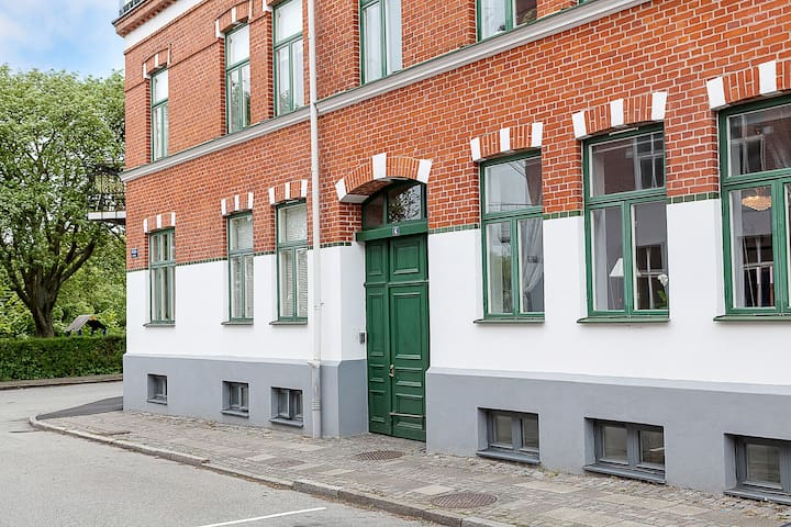 Double deck apt with bikes n garden - Lund - Huoneisto