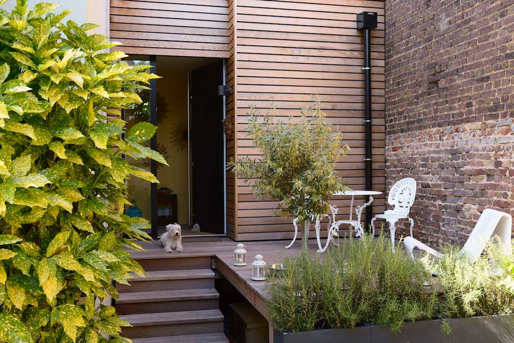 Maison familial lumineuse paris h user zur miete in - Location maison jardin ile de france colombes ...