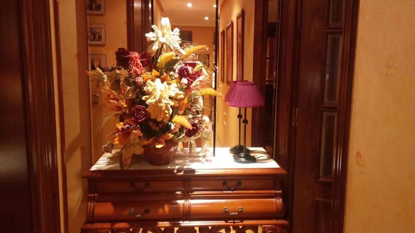 Alojamiento sensacional. 2 PERS 30€ - Salamanca - Dům