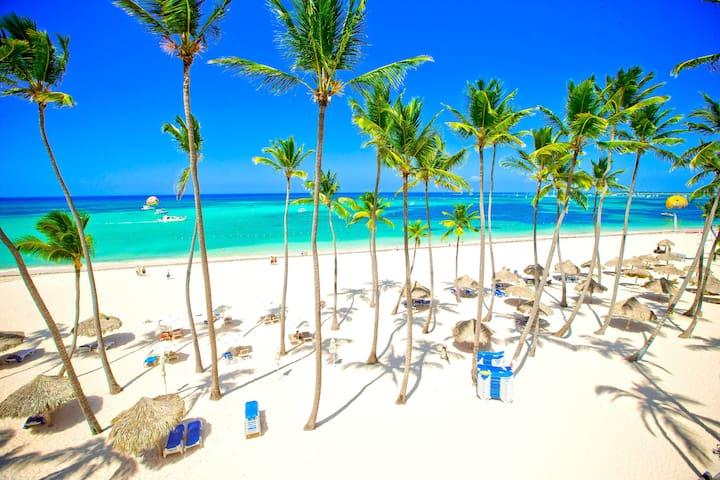Best Views Beach Tropical Retreat V33