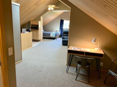 Studio Apartment with Mt Baker view