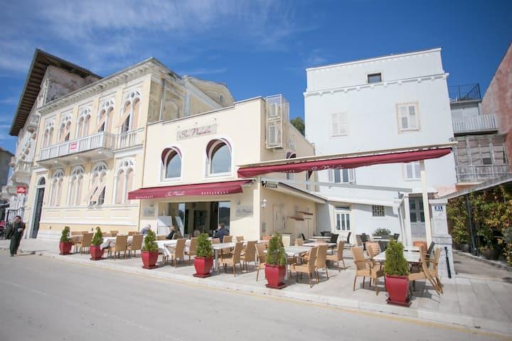 Apartment Nikola with Sea View on Porec Promenade
