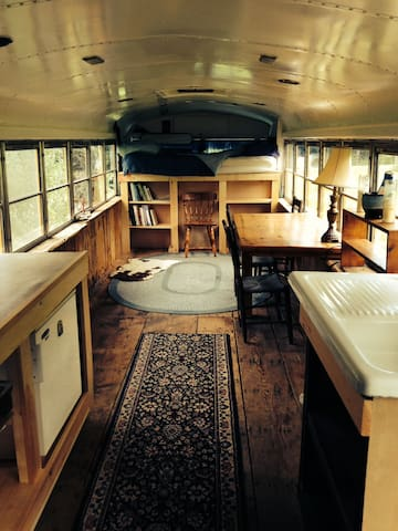 Comfy Renovated School Bus - Brattleboro - Other