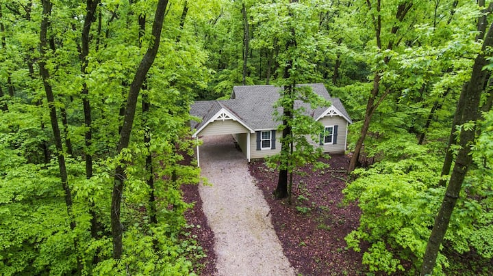 Dogwood Cottage - Private & Wooded 1/4m From Lake!