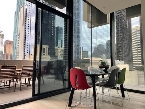 OOHHOO! 79 SQM OPEN SPACE FUNCTION MEL CENTRAL
