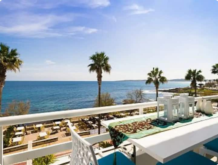 "Apartment ""Bona Vista Mar"" with Seaview, Balcony, Air Conditioning & Wi-Fi"