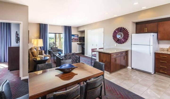 3 Bedroom - Coachella Weekend 2 - Sleeps 8