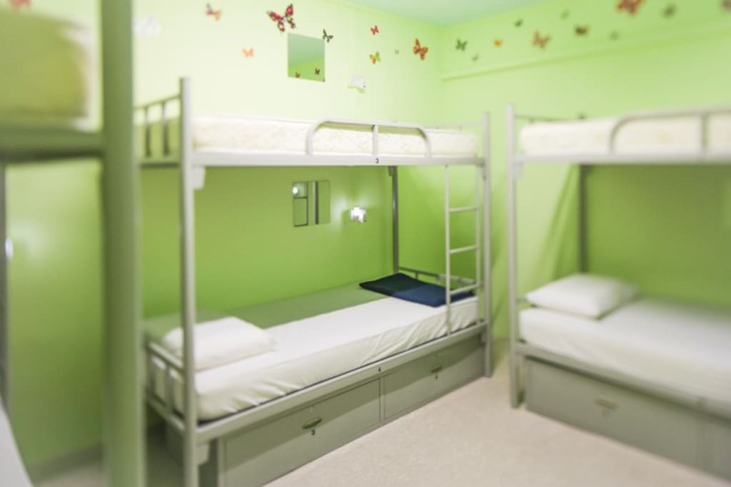 6 bed female Dormitory