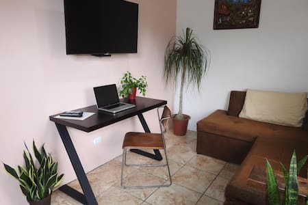 2nd floor A/C, Wifi, Fully equipped apartment