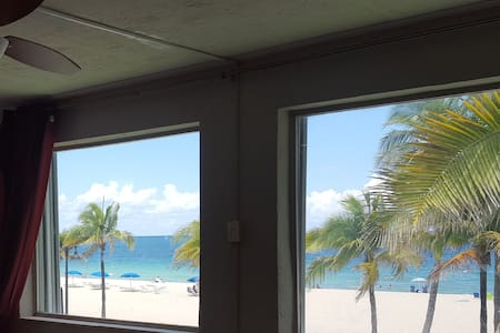 Shared Oceanfront Condo on Fort Lauderdale Beach - Fort Lauderdale - Appartement