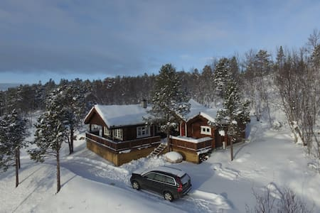 Luxurious & cosy cabin in beautiful Malangen - Mestervik - キャビン