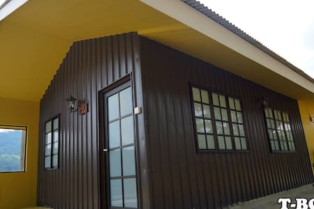 Wooden Cottage 1 - SUNGAI LEMBING - กระท่อม