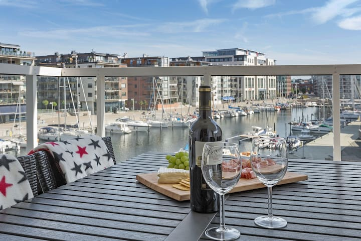 Modern home in the heart of Dockan Marina - Malmö - Apartamento