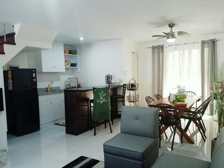 Pink & Rustic Townhouse in Uptown CDO