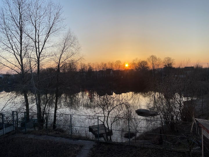 Family riverside cottage near to ancient Chernihiv