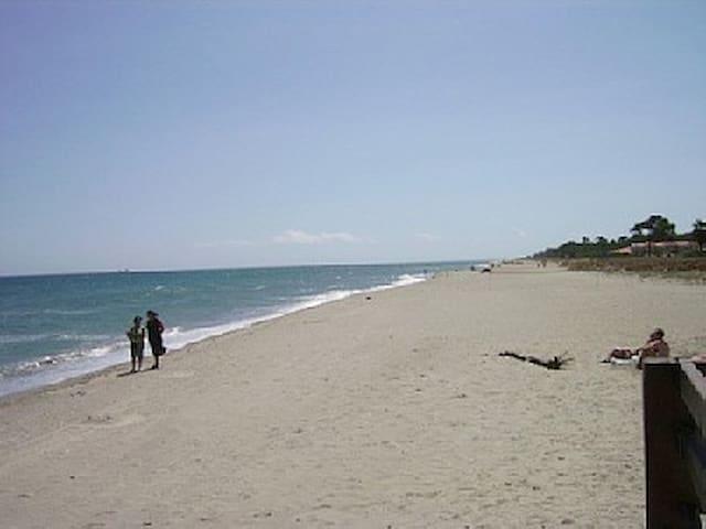 mini villa 200m de la plage+ jardin - Poggio-Mezzana - Hus