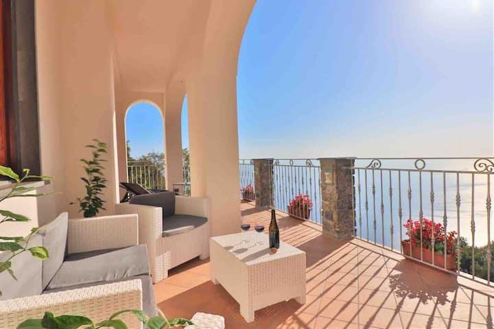 L'INCANTO Amalfi Coast