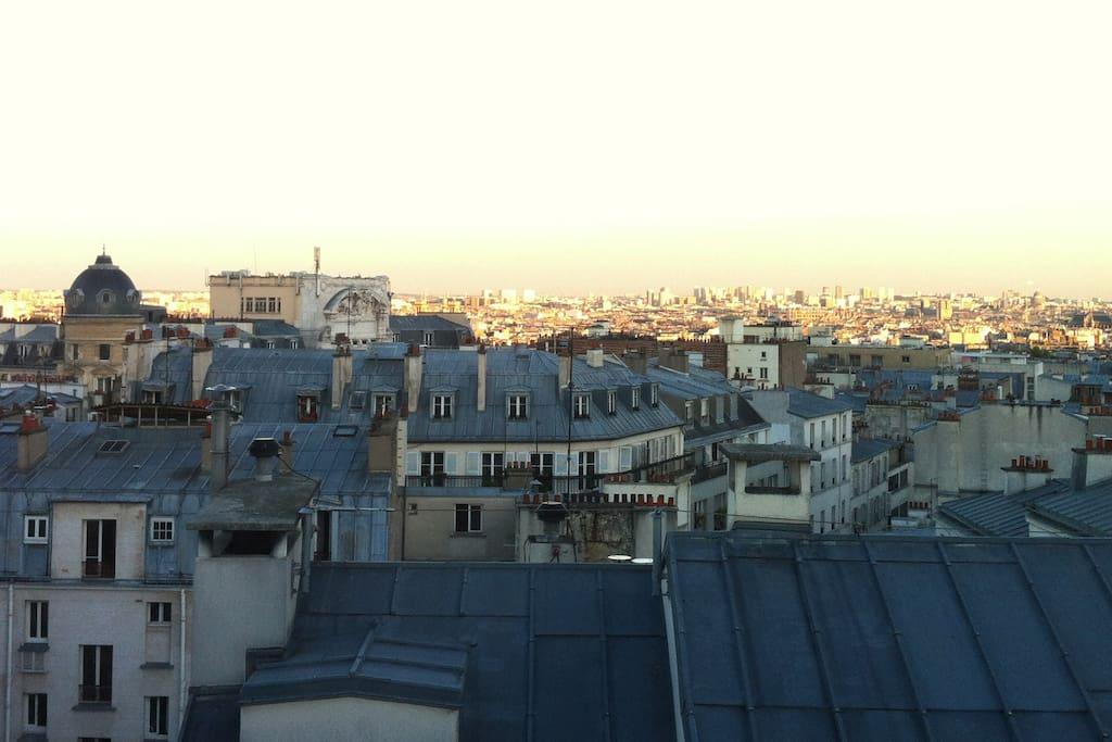 Montmartre Charmant Studio Avec Vue Apartments For Rent In Paris 206 Le De France France