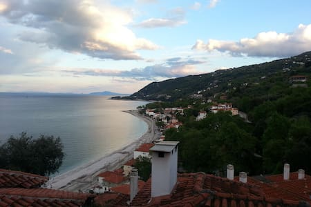 Best Location, Great Views & Space - Magnesia Prefecture
